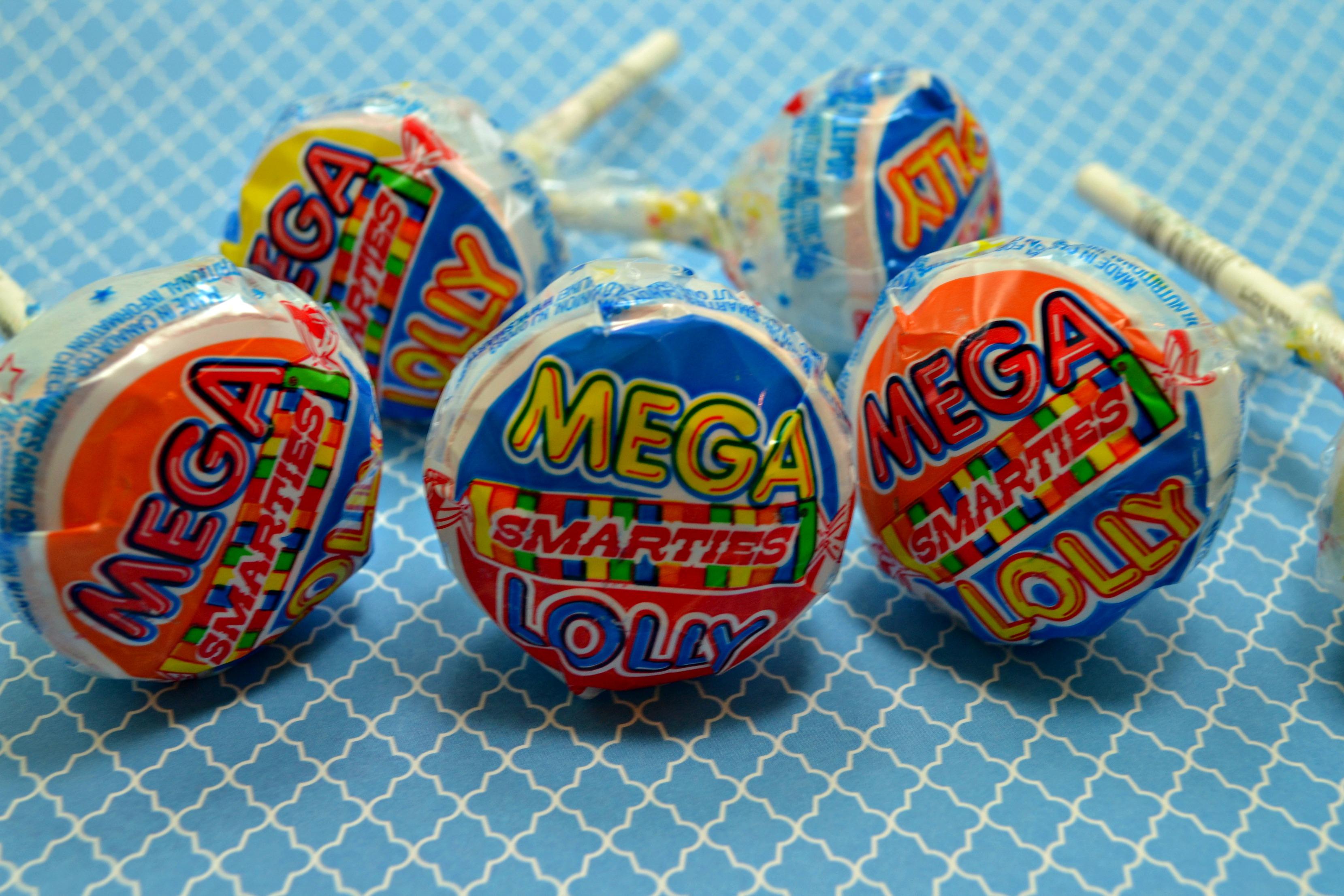 {Tutorial} Monsters University Mike Wazowski Smarties ... Smarties Lollipops