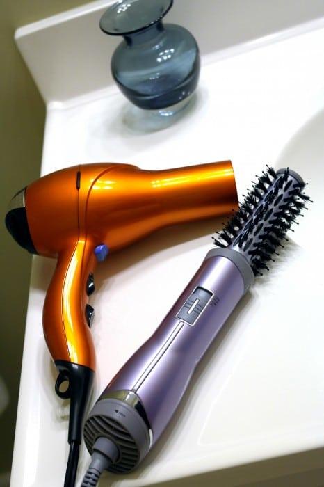 Conair Brush Dryer ~ Makeup monday john frieda salon shape hot air brush and
