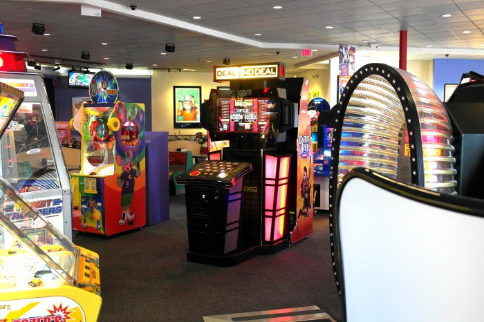 Chuck E. Cheese's Empty