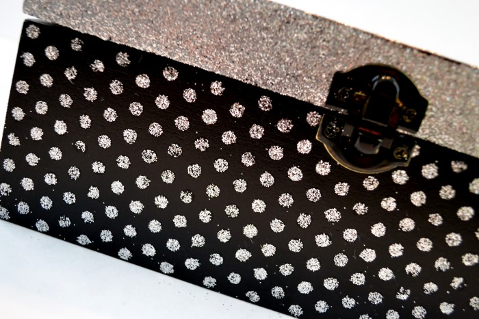 Polka Dot Glitter with Mod Podge Rocks Stencils