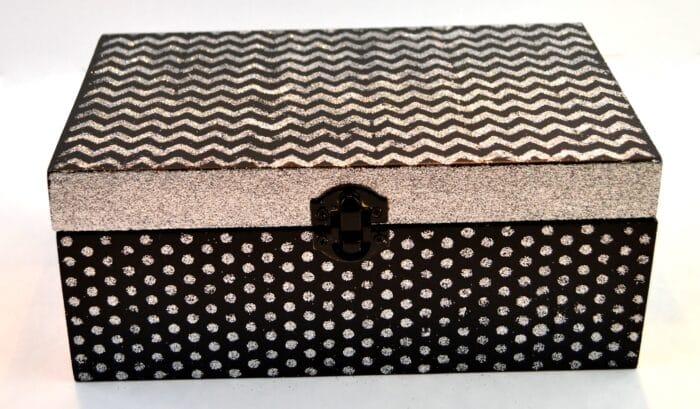 Stenciled Keepsake Box with Mod Podge Rocks Stencils