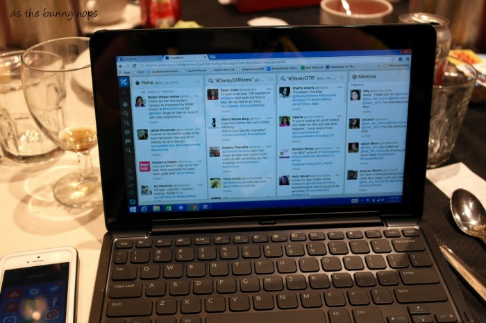 What tech should you take to a blog conference? How about a 2 in 1 with Intel inside?
