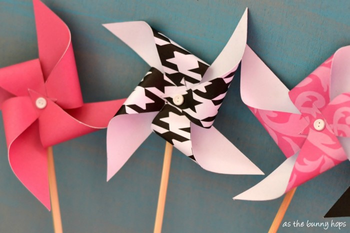Make crazy easy paper pinwheels with your Silhouette!