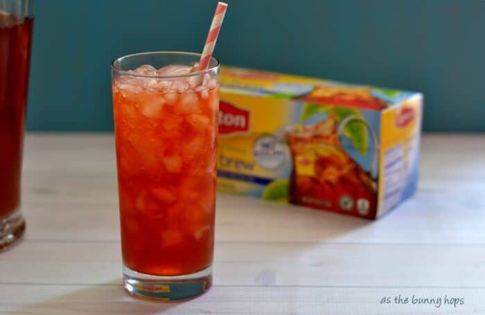 Five Minute Raspberry Iced Tea