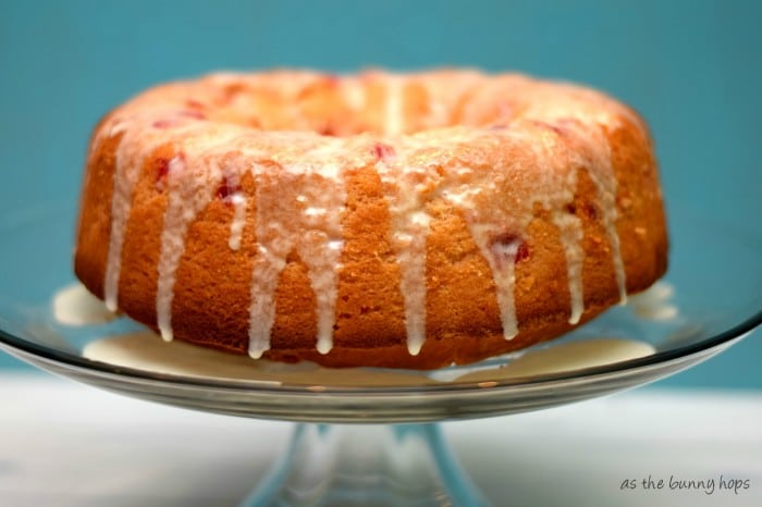 Cherry 7UP Cake