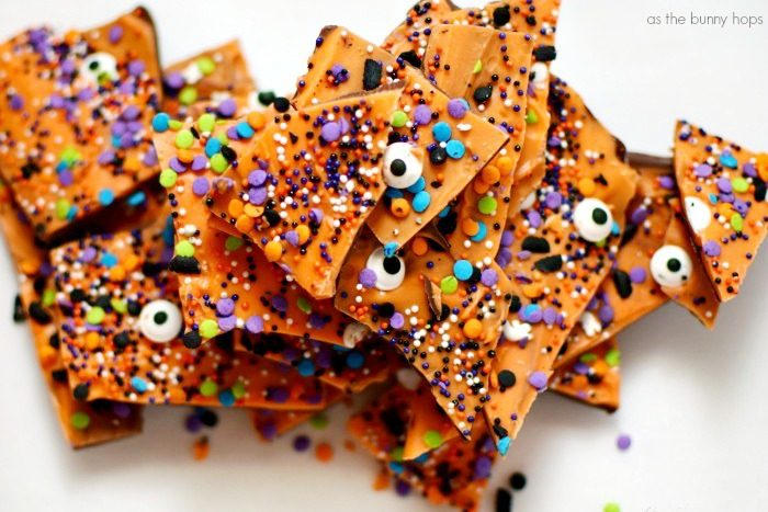 If you love chocolate and Halloween, you'll definitely want to make an easy and fun batch of Halloween Boo Bark! Get the recipe at As The Bunny Hops!