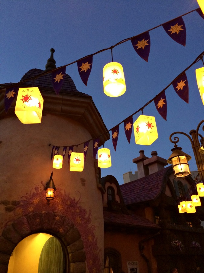 A Trip To Walt Disney World {And Tips!}