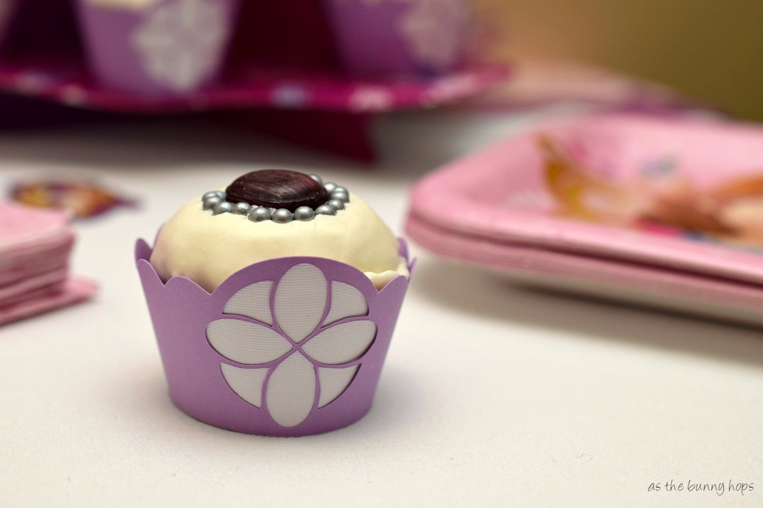 Make easy and fun Sofia the First Cupcakes for your princess in training party! & Sofia the First Party - As The Bunny Hops®