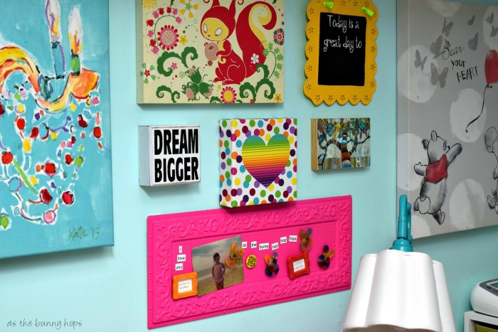 From closet to craft room...and mini home office! #KleenexStyle #ad