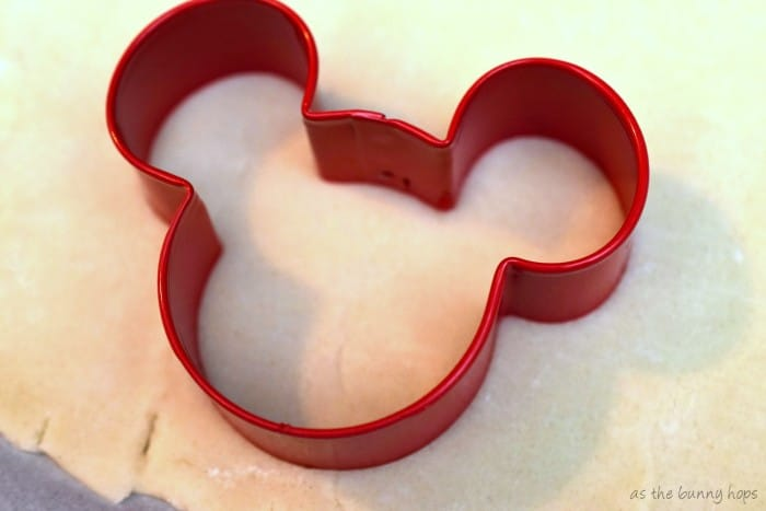 Mickey Cut Pie Crust