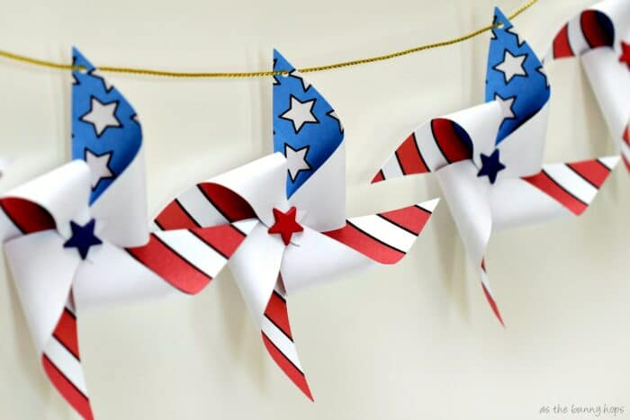 4th of July Pinwheel Garland with Printable