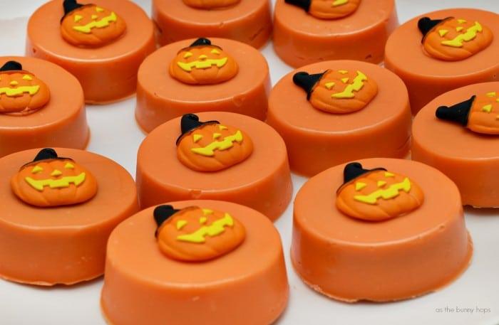 Pumpkin Candy Oreos