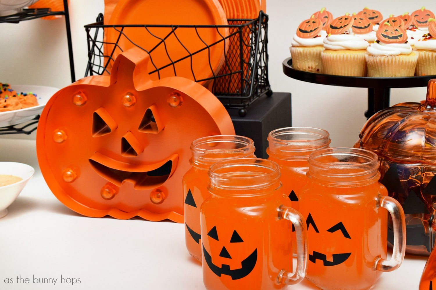 Halloween Jack-O'-Lantern Party - As The Bunny Hops®