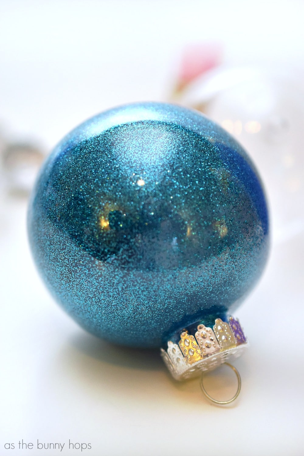 It's Easy To Make These Disney Princessinspired Christmas Ornament  Featuring Snow White, Cinderella