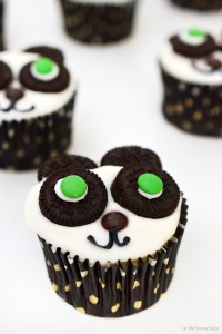 I have easy to make panda cupcakes-perfect for a Kung Fu Panda movie night or party!