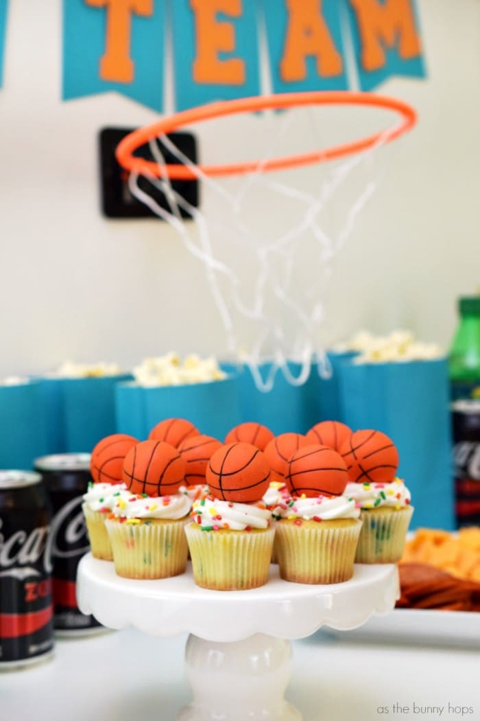 Want to make college basketball even better? Include my wings and snack ideas to create the ultimate watch party!