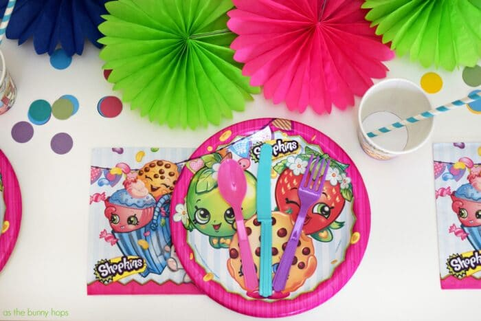 Shopkins Party Table