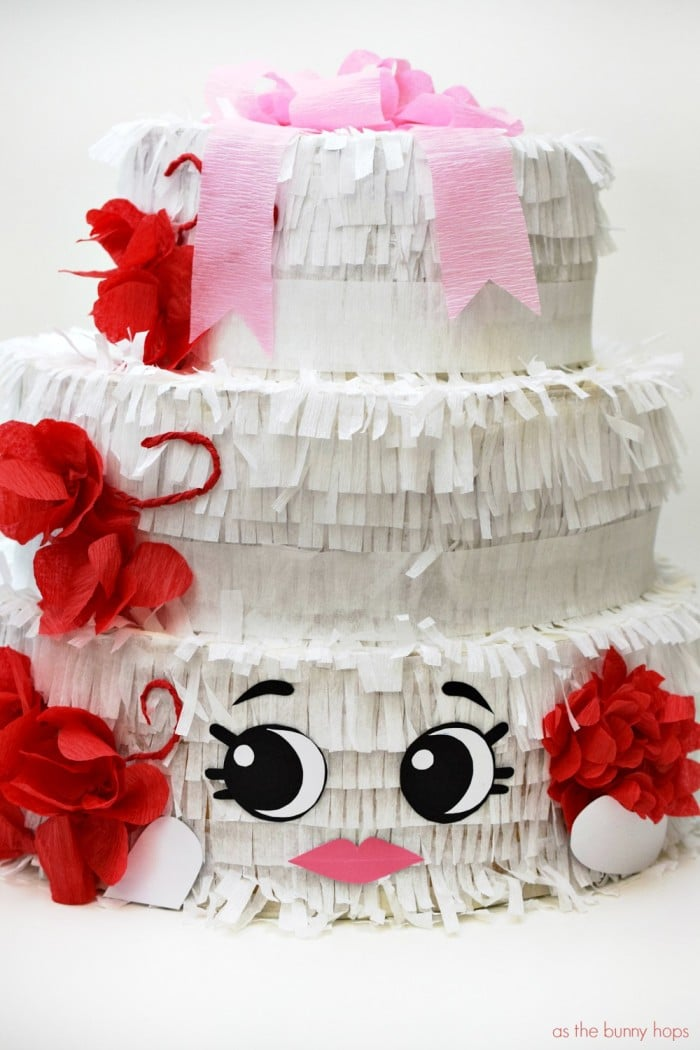 Wendy Wedding Cake Pinata