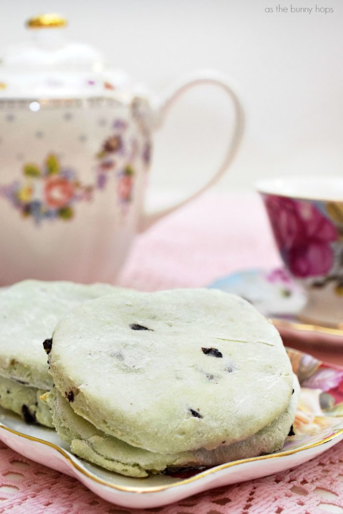 Mint Chocolate Chip Ice Cream Scones