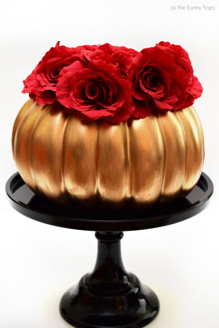 Create a quick and easy Beauty and the Beast-inspired pumpkin decoration in minutes!