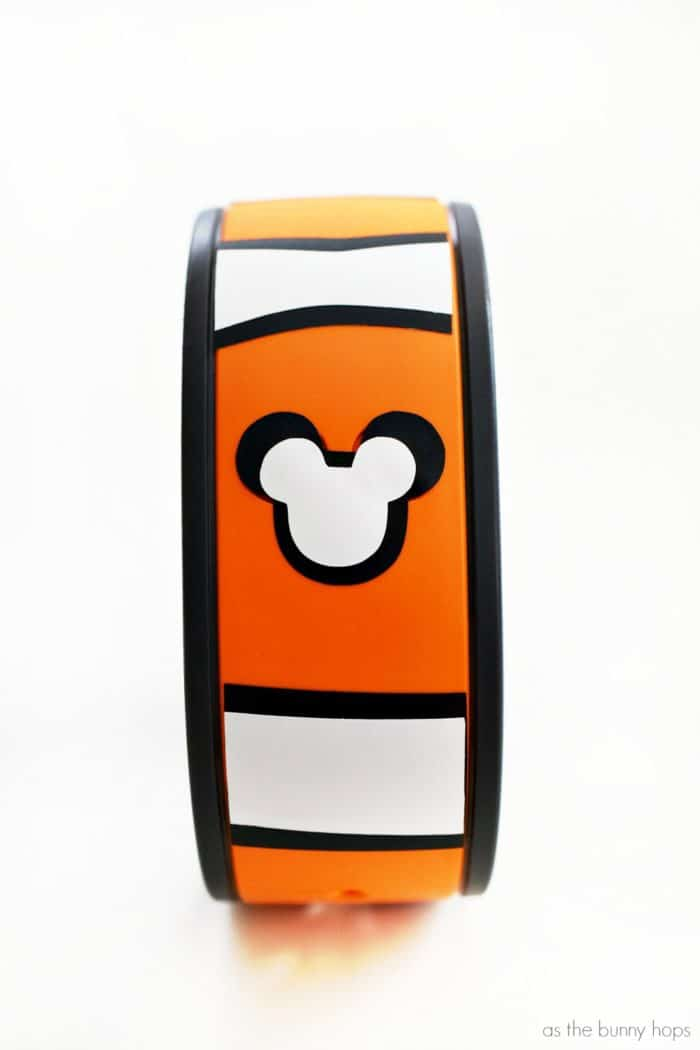 Just keep swimming along at Walt Disney World with an adorable DIY Finding Nemo Magic Band!