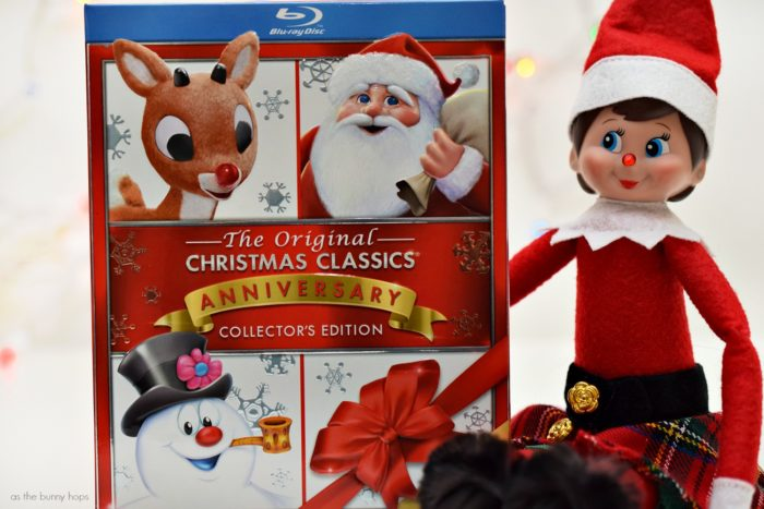 Looking for Elf on the Shelf ideas you can complete in just a few minutes? Try these easy Rudolph and Frosty elf ideas!