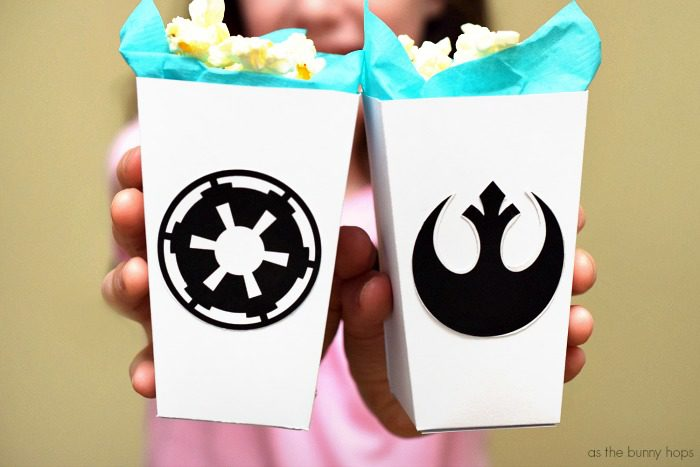 Choose wisely: make your own Rogue One-inspired Rebel and Empire popcorn boxes! Includes easy to use printable!