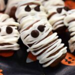 Halloween DIYs: Mummy Candy Bars and Mummy Candy Jars!