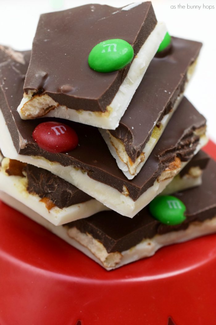 It's the best of both worlds when you make these easy sweet and salty candy cookie bars and sweet and salty candy bark! Both easy recipes are perfect for the holidays and entertaining!